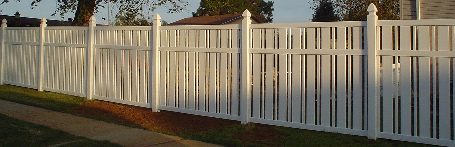 Vinyl Fence Construction - Denton, Texas