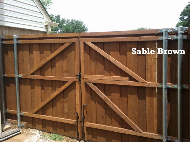 Professional Wood Fence Staining