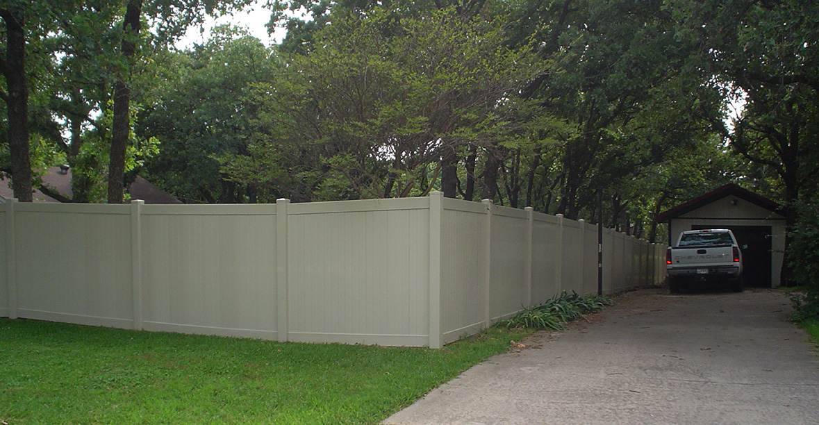 Professional Vinyl Fencing - Highland Village, Texas